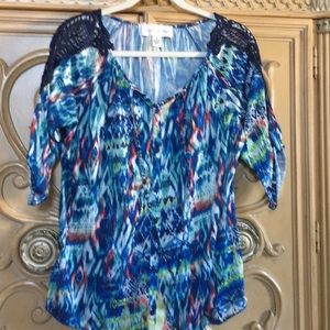 French Laundry blue multi colored top size medium